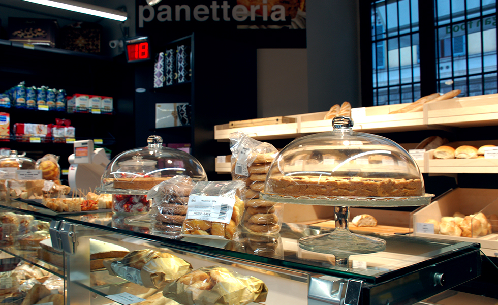 Supermercato Meta, reparto pane di Bonci