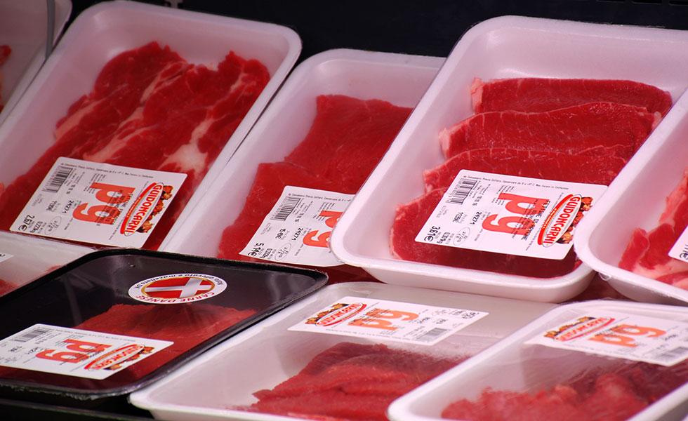 Supermercato Meta, reparto carni