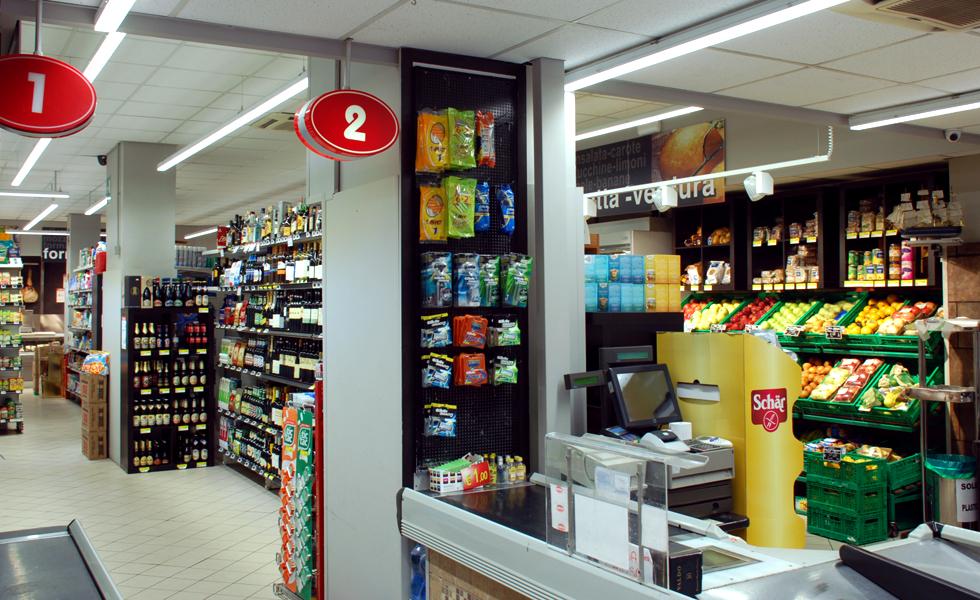 Supermercato Metà, grande distribuzione alimentare
